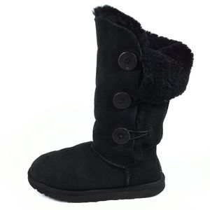UGG Bailey Button Triplet Mid Calf Boots Size 8